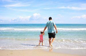 padre-hija-acompañar-crianza-en-positivo